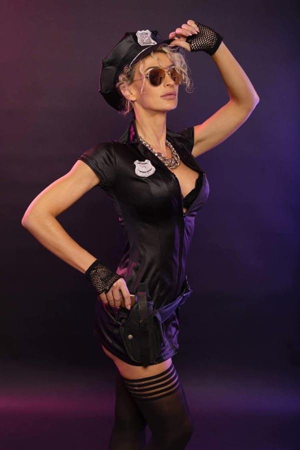 Show striptease policière
