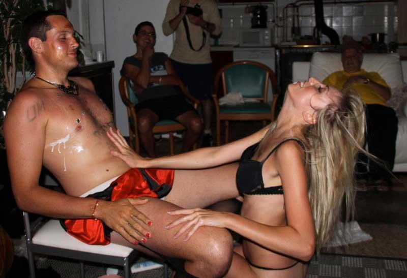 Striptease féminin anniversaire Homme